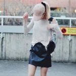 甘辛ルックはレザーのミニスカートで大人見えにブラッシュアップ!レザー初心者必見♡