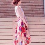 春のファッションアイテムは花柄で!女性らしくなる旬顔コーデ10選
