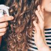 これから梅雨…巻き髪をしっかりキープ!巻き方によってスタイリング剤を使い分けて1日中きれいなヘアスタイル♡