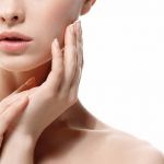 季節の変わり目のボロボロお肌…その原因と対処法について