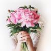 色も香りも蜜も……♡4つの「モテテク」で美しくたくましく☆花のような女性になる方法♪