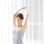 肩甲骨を動かしてほぐすのが大事!肩甲骨ダイエットで、リンパを流して老廃物を排除、代謝を上げてスリムな体を目指そう♪
