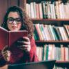ポジティブな気持ちになれるおすすめ小説10選!おうち時間は読書を楽しんで前向きな気持ちになろう♪