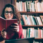 ポジティブな気持ちになれるおすすめ小説10選!おうち時間は読書を楽しもう♪