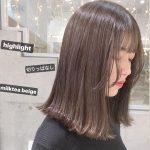 """透明感抜群でキレイ♡""""ミルクティーカラー""""の柔らか艶ヘアスタイル"""
