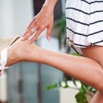靴を脱いだ時の強烈な臭い・・・そんな足の臭いを撃退する3つの対策方法ご紹介!!