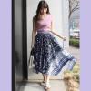 スカーフ柄のスカートを使った夏コーデ特集☆華やかさ抜群で周りと差をつける…!