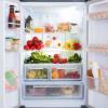 冷蔵庫の中にまで!?梅雨時期にキッチン周りのカビ繁殖を防ぐために気を付けることとは?