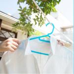 真っ白な襟袖を取り戻せ!頑固な『ワイシャツの襟袖汚れ』を超簡単に落とす方法&防止策♪