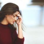 頭や体が重い・・・。天気によって伴う頭痛の対策と予防法をご紹介。
