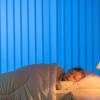 部屋の照明をつけっぱなしで眠ると太りやすくなる!?睡眠時の照明と肥満の関係性とは?