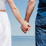 【男性本音】男性が彼女と手を繋ぎたいと思っている時のサインをCHECK♡
