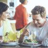 【注意】自分の魅力を下げないで!ブスに見える6つのNG食事マナー