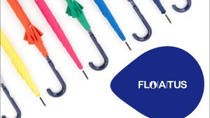 たった一振りで傘が乾く!? 超撥水(ちょうはっすい)加工の傘[FLO(A)TUS(フロータス)]