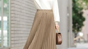 春はスカートが可愛い季節♡ 女性らしさがアップする春のスカートコーデ特集