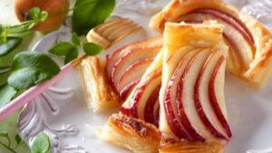 おうち時間に作りたい♡ほっぺが落ちる「りんごスイーツ」レシピ10選